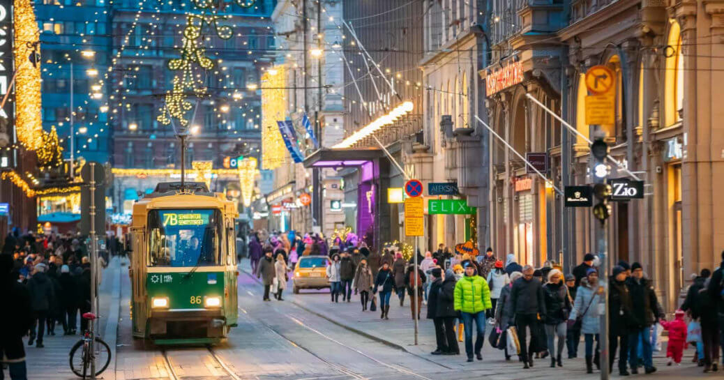 smart city strategy - barcelona and Helsinki